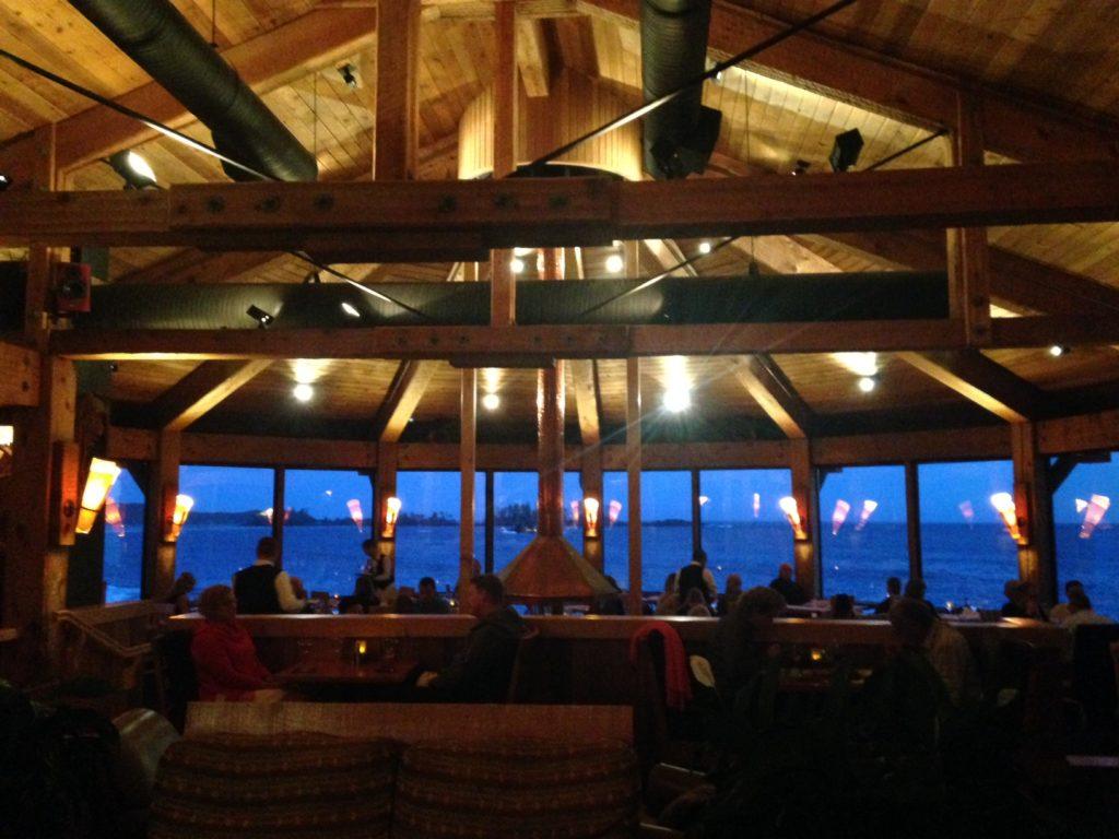 The pointe restaurant wickaninnish inn tofino canada - The Pointe Restaurant Wickaninnish Inn